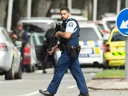 至少49人死亡 48人受伤 新西兰枪击案已有三名嫌犯被捕