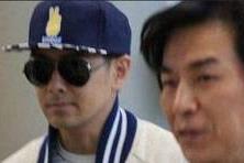"""【乔乔爱娱乐】不老男神竟是""""骗局""""?45岁林志颖素颜"""