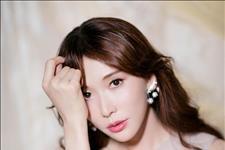 【中国青年网】林志玲穿粉色柔纱裙超温柔 搭配风