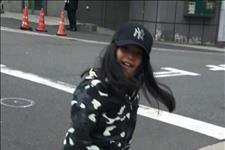 【大脚妹】9岁王诗龄开学,被李湘打扮穿秋裤外穿