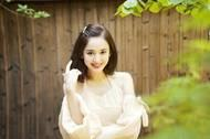 【时尚博主LIST】27岁古力娜扎模仿杨幂自拍,穿
